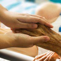 Staatlich geprüfte Fachpflegekraft für Senioren-, Alten- und Krankenpflege im Großraum Hamburg*