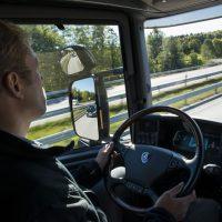 Selbstständiger Kurierfahrer Nah-/ Fernverkehr a. Aushilfe Urlaubsvertretung a. Zeit in Wuppertal auf Rechnug*