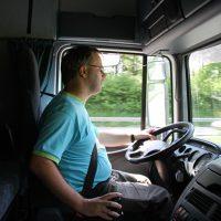 Selbstständiger LkW Fahrer im Nah-/ Fernverkehr als Aushilfe Vertretung a. Zeit in Saarbrücken auf Rechnung*