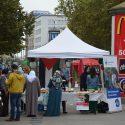 Profi-Infostände werben und verkaufen für Sie im Einkaufszentrum und Fußgängerzonen a. Fixum o. Provision*